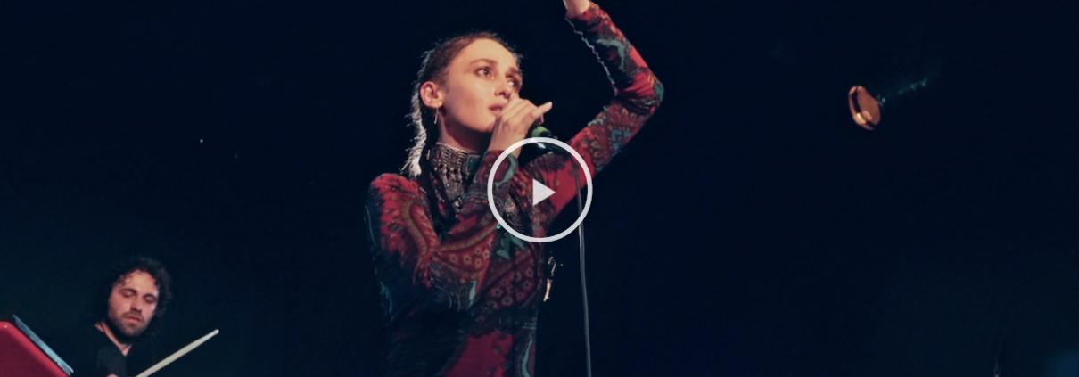 Alina-Pash-performing-video-screenshot-at-Panda-Theatar-Berta-Berlin